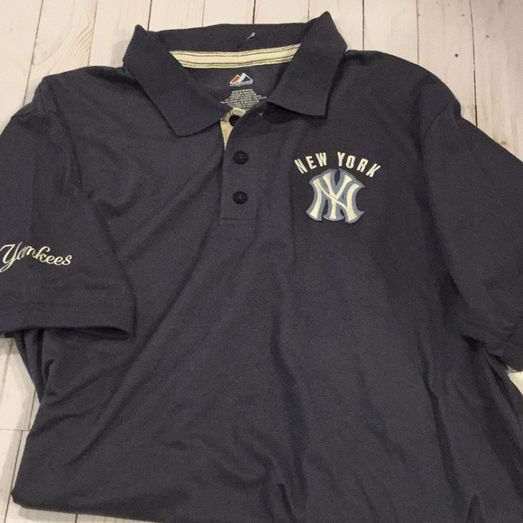Men s New York Yankees polo 00e320b8133